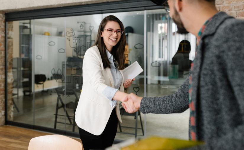 Consejos para dar el currículum personalmente